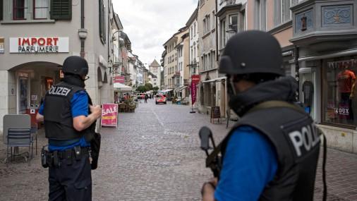 Šveicē uzbrukumā ar motorzāģi ievainoti pieci cilvēki