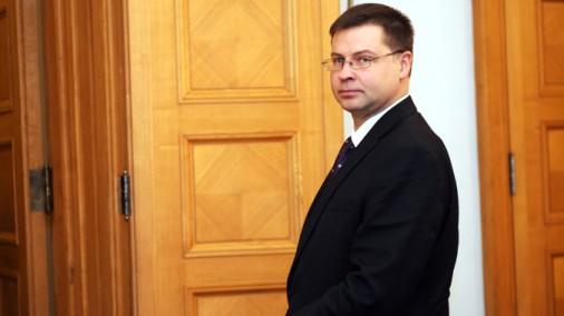 Ministru prezidents Valdis Dombrovskis