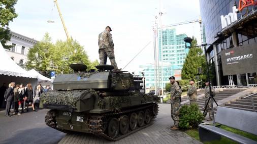 Презентовали новейшие военные иновационные прототипы, созданные в Латвии