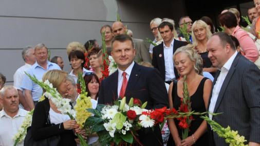 Шлесерс возложил цветы к памятнику Свободы