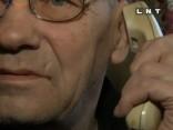 Telefonkrāpnieku jaunās pensionāru apzagšanas metodes