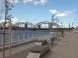 Rīgā atklāts veloceliņš un promenāde, kas sākas pie dzelzceļa tilta un turpinās līdz salu tiltam.