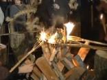 Īsti tautiskās tradīcijās šodien Ziemas saulgrieži sagaidīti Vecrīgā!