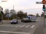 Rīgā avarē pašvaldības policijas automašīna