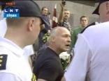 Policija izjauc nacistiskās armijas piemiņas pasākumu