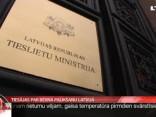 Tiesājas par bērna palikšanu Latvijā