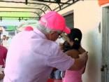 Kolumbijā Zikas vīrusa dēļ dala prezervatīvus un pretodu līdzekļus