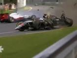 Noskaties: Alonso izdzīvo šausminošā F1 avārijā
