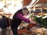 Vai tirgū pārtikas produkti ir veselīgi? Iepērkamies kopā ar Bondaru