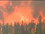 Kanādā ugunsgrēka dēļ evakuē pilsētu ar 100 000 iedzīvotājiem