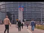 Eiropas Parlaments - kas lācītim vēderā?
