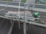 Ķīnā kravas auto salauž tiltu