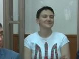 Lidmašīna ar Krievijā nepamatoti notiesāto Savčenko dodas mājup