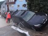 Plūdos Vācijā gājuši bojā trīs cilvēki