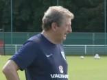 Тренер сборной Англии по футболу ушел в отставку после поражения от Исландии