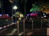 Terors franču Rivjērā: 84 nogalināti, kad smagais auto ietriecās cilvēku pūlī