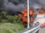 Taivānā aizdegoties tūristu autobusam, gājuši bojā 26 cilvēki