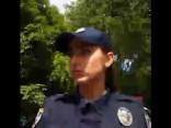 Спонтанное интервью с украинской полицией