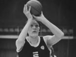 Raidījums par Latvijas olimpiešiem aizkustina Semjonovu līdz asarām