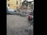 Aculiecinieka video: zemestrīce Itālijā