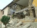 Itālijā turpinās glābšanas darbi pēc zemestrīces