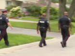 Kanādā aizturētu vīrieti apsūdz triju cilvēku nošaušanā ar stopu