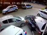 Mūkusalas ielā pāris sekunžu laikā sadauza sešus auto