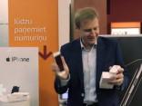 Lai šodien saņemtu Apple iPhone 7, Latvijā cilvēki pieteikušies jau pirms gada