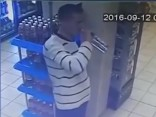 Jocīgi: Krievijā vīrietis ietaupa uz šņabi; izdzer turpat veikalā