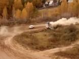 На ралли в Сибири автомобиль снес вышку с судьями, один погиб