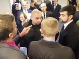LHF kongress sākas ar strīdiem par balsstiesībām un haosu