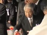 Vairāki desmiti Japānas politiķu apmeklējuši pretrunīgi vērtēto Jasukuni svētnīcu