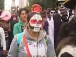 Meksikā norisinās Mirušo atceres dienas parāde