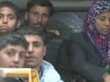 Alepo austrumus pametuši 10 000 civiliedzīvotāju