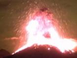 Noskaties:  Iespaidīgs vulkāna izvirdums Meksikā