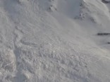 Lavīna populārā slēpošanas kūrortā Francijas Alpos; vismaz četri bojāgājušie