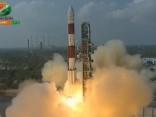Indijas raķete veiksmīgi nogādājusi orbītā 104 satelītus