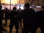 Kijevā izraisījušās policijas un protestētāju sadursmes