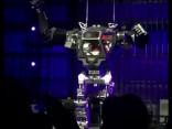 Amazon vadītājs iejūtas milzu robota «ādā»