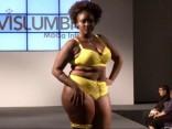 Модели plus size вышли на подиум в Бразилии в нижнем белье
