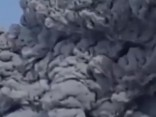 Kamčatkā atmodies 200 gadus snaudis vulkāns
