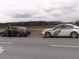 VP: Maksimālais braukšanas ātrums netiek celts ceļu stāvokļa dēļ