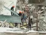 Šrilankā sabrūk septiņstāvu ēka