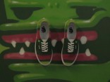Graffiti mākslinieka KIWIE unikālā apavu izstāde