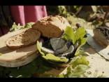 «Līgo mežā»: melnais Jāņu siers