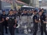 Policija Stambulā izklīdinājusi homoseksuāļu praida protestu