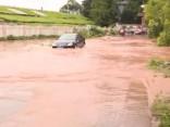 Japānā plūdos bojāgājušo skaits pieaudzis līdz 25; vēl 25 cilvēki pazuduši