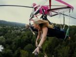 Izmēģini Siguldas jauno atrakciju «Zērglis» - brīvo lidojumu virs Gaujas