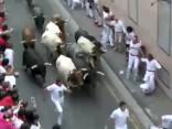 Pamplonas vēršu skrējienā ievainoti seši cilvēki