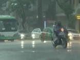 Lietus izraisītos plūdos Ķīnā 18 bojāgājušie, tikpat pazuduši